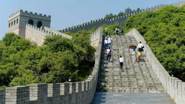 【中国】今度の「ニセモノ」は「万里の長城」が出現!しかも ...