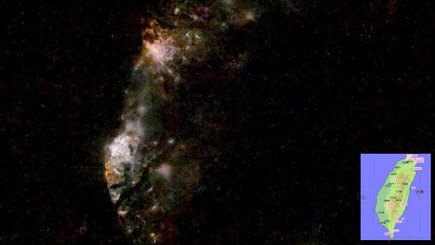 野口宇宙飛行士「台湾の皆さん、宇宙から台湾の夜景です」