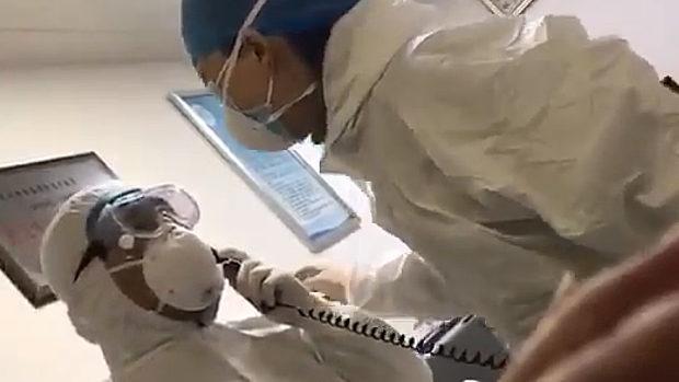 中国、武漢の病院の医者は帰宅禁止、長時間残業、感染リスクで精神も崩壊!