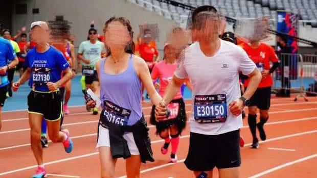 【中国】またマラソン大会で不正!自転車に乗った女性ランナーと共謀した男が永久追放-3