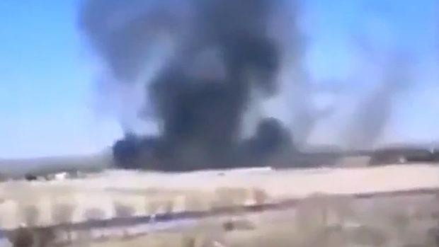 中国、天津で人民解放軍の戦闘機が訓練中に墜落、爆発か?黒煙が立ち上る!