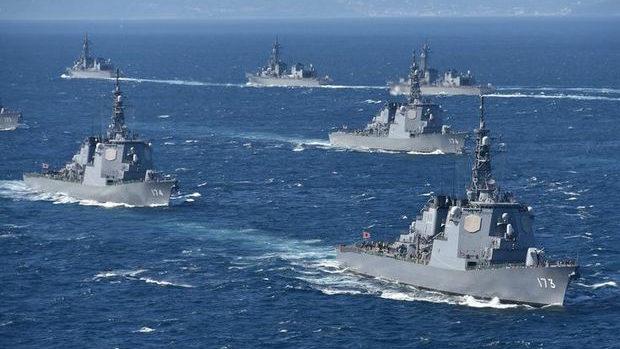 海上自衛隊公式クイズ「自衛隊の艦艇や潜水艦の名前を決めるのは誰でしょうか?」