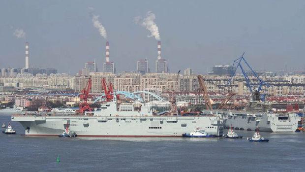 中国、3隻目の強襲揚陸艦「075型」が進水!
