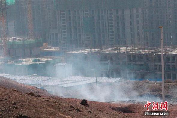 【中国】建設現場に直径1メートルの「火口」が出現!5