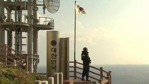 日経新聞のCM、韓国が不法占拠の「竹島」に韓国国旗がはためくシーンを挿入!