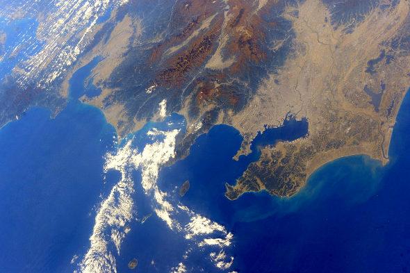 【画像】宇宙飛行士・油井さんが撮った宇宙から見た日本の紅葉の写真1
