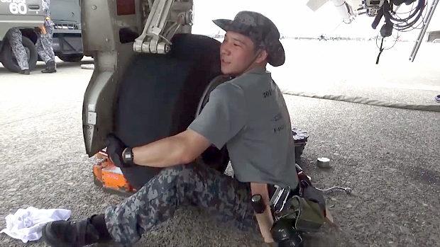 航空自衛隊「戦闘機のタイヤ交換って見たことありますか?お見せしましょう」