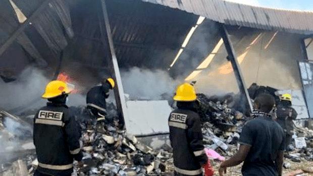 【アフリカ】ザンビア、工場で中国人幹部3人、従業員に惨殺される !「反中」広がる