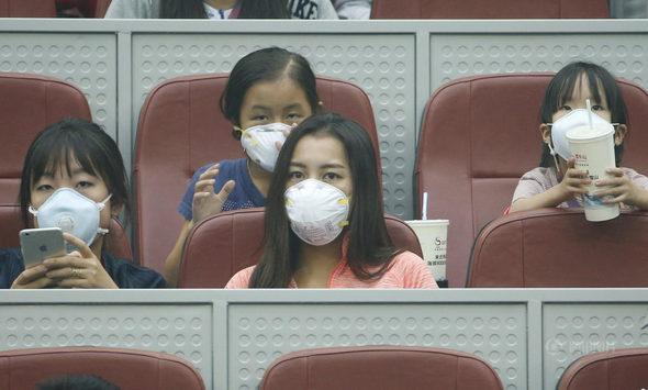 中国オープンテニス、観客はスモッグの中で観戦!5