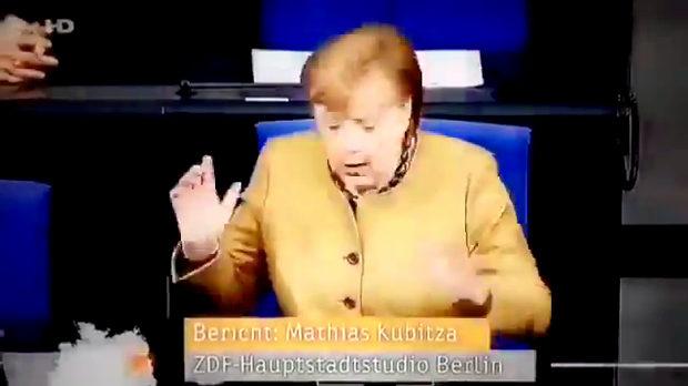 ドイツ、メルケルさんマスクを忘れる!