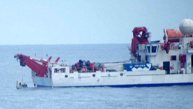 自民・新藤議員「沖ノ鳥島で中国調査船の傍若無人な違法活動、拡散に協力お願いします」