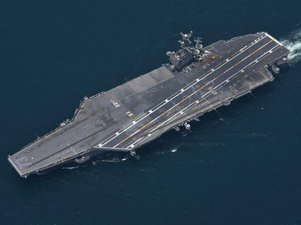 【画像】米空母ジョージ・ワシントン「さようなら」