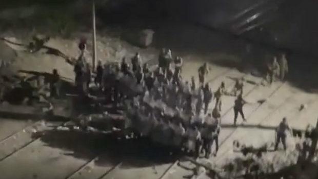 ミャンマー、軍がデモ隊に発砲の際の掛け声が中国語!「一、二、三、いけ!」