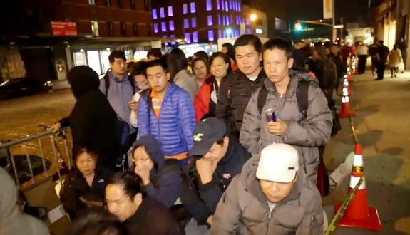 米国、NYでもiPhone6に中国人が行列!1