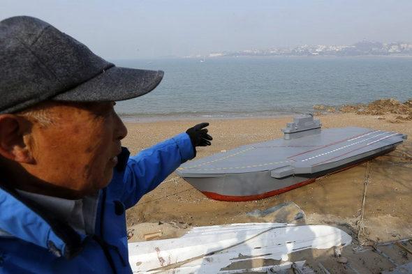 【中国】80歳のおじいちゃんが孫のために「空母」の模型を建造3