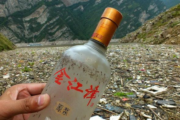 【中国】三峡ダムに浮かぶ大量のゴミ!6