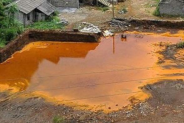 【中国】ヒ素で汚染された川、基準値の1000倍2