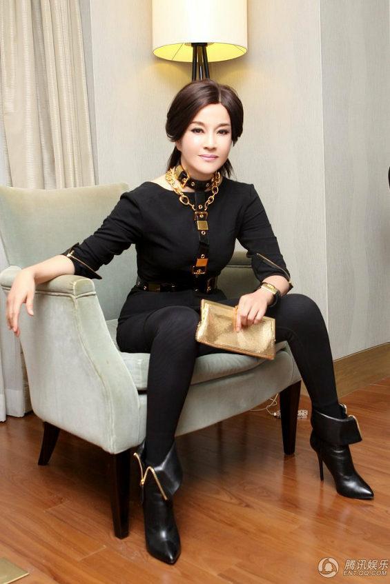 中国、61歳の美魔女!女優「リウ・シャオチン」 3