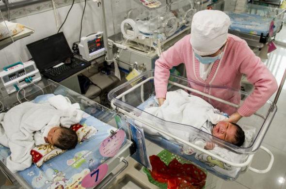 中国で「超大物」赤ちゃん生まれる3