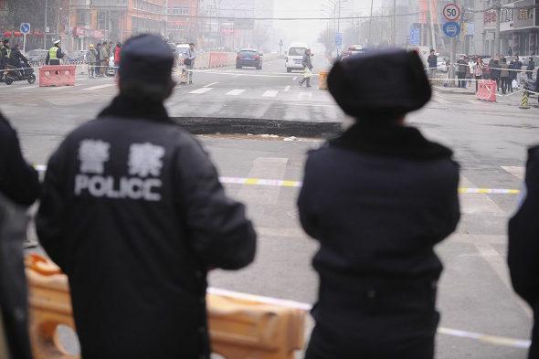 【中国】北京市朝陽区で道路が陥没2