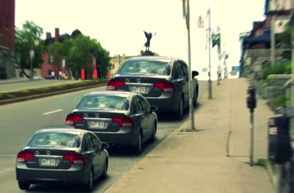 【画像】 「3台の自動車の大きさは同じ!」1