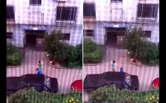 中国、妻が夫をひざまずかせ、殴るわ蹴るわボコボコに