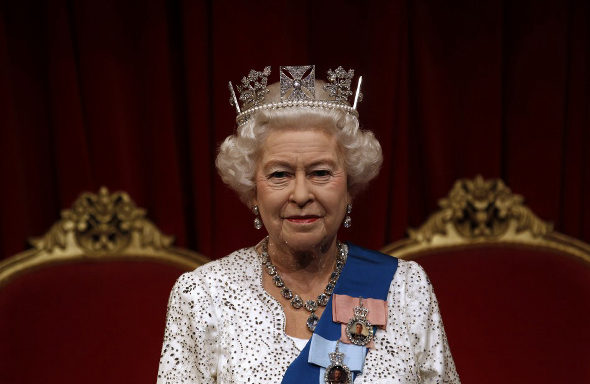 マダム・タッソー、エリザベス女王の新作ろう人形を公開 1