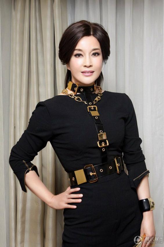 中国、61歳の美魔女!女優「リウ・シャオチン」 1