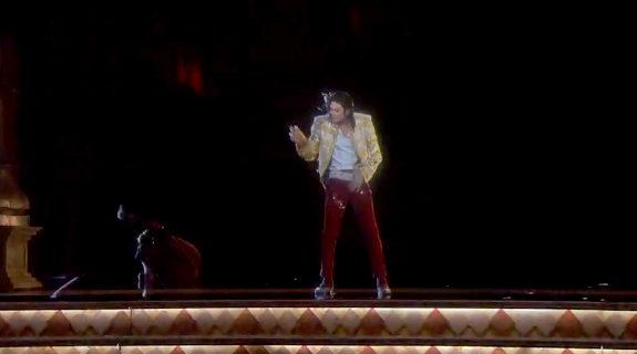 マイケル・ジャクソン、ホログラム3