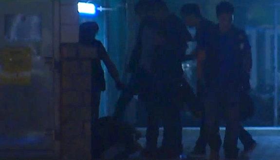 香港デモ、警官がデモ参加者に暴行! 暴行!テレビが放送し非難集中! [海外] 【動画】香港デモ、