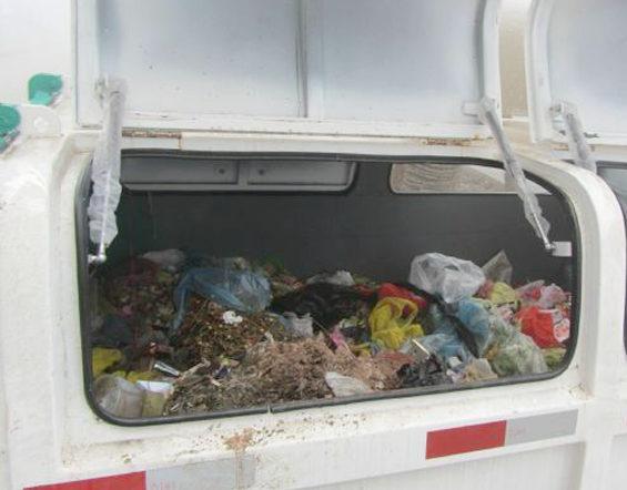 【中国】 ごみ箱の中で浮浪児5人死亡 2