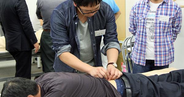 鍼灸実技試験6