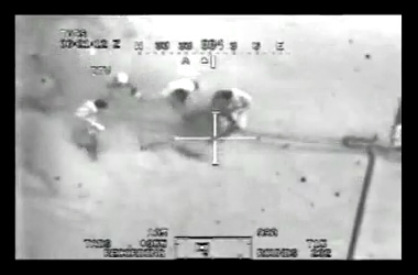 米軍ヘリによるイラク民間人射殺の光景