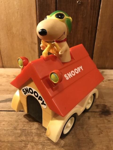 vintage snoopy peanuts car toy (1)