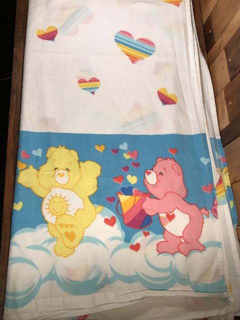 """Vintage Care Bears """"Heart"""" Twin Flat Sheet"""