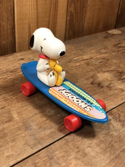 Vintage Aviva Snoopy & Woodstock Skateboard Toy (2)