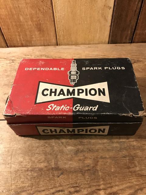 vintage champion spark plugs with 10 box set (21)