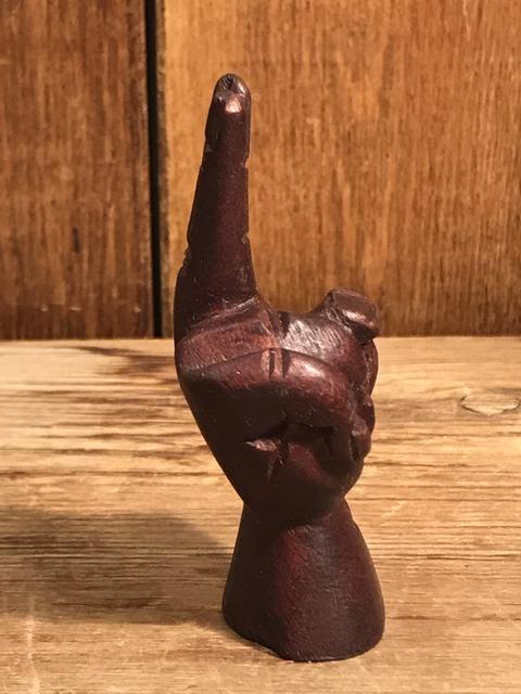 vintage wooden peace sign figurine (99)