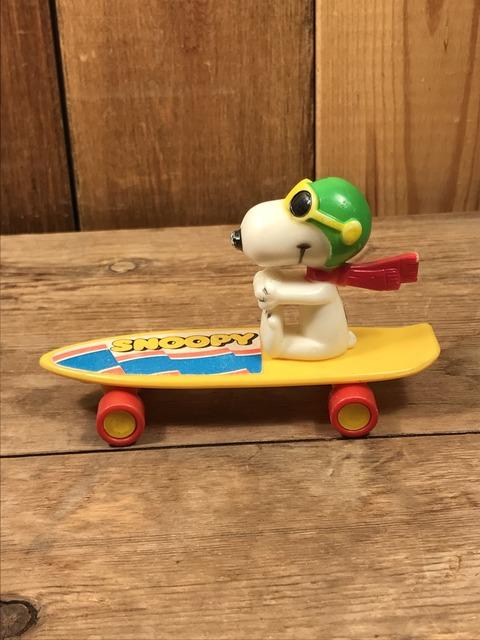 Vintage Aviva Snoopy Flying Ace Skateboard Toy (6)