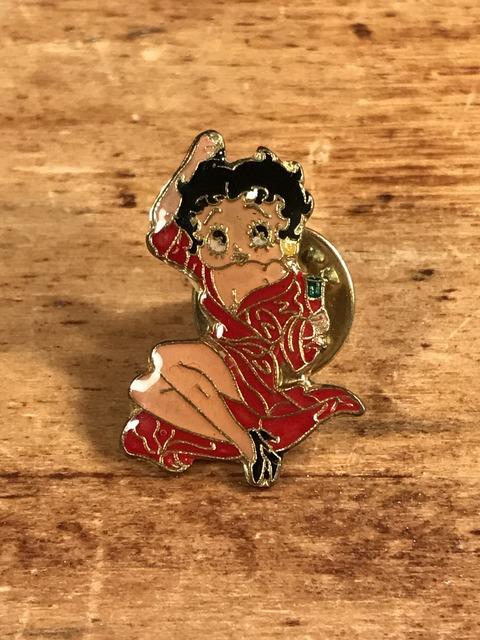 Vintage Betty Boop Enamel Pins (1)