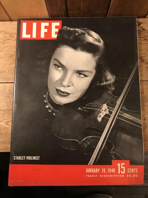 vintage 40's life magazine (148)
