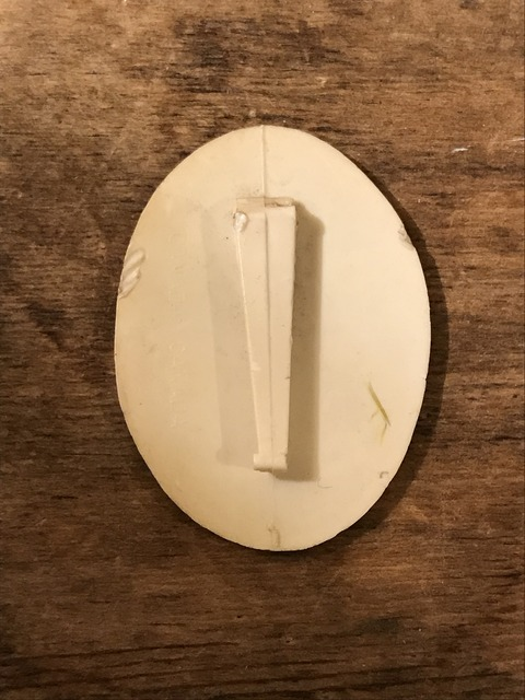vintage snoopy peanuts pin tag (4)