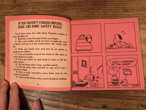 """Vintage Peanuts Snoopy """"Peanuts Cook Book"""" Picture Book (15)"""