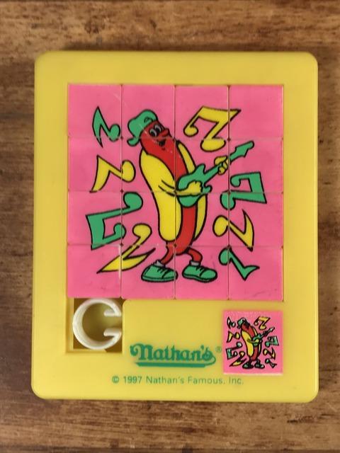 "Vintage Nathan's Famous ""Hot Dog"" Plastic Puzzle (1)"