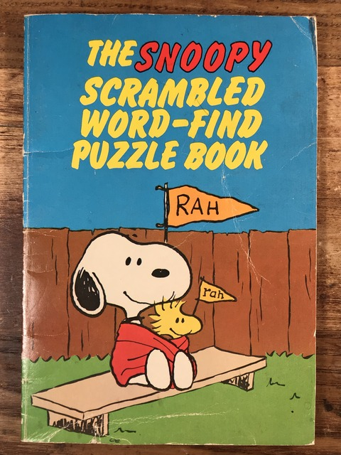 Vintage Peanuts The Snoopy Scrambled Word-Find Puzzle Book (1)