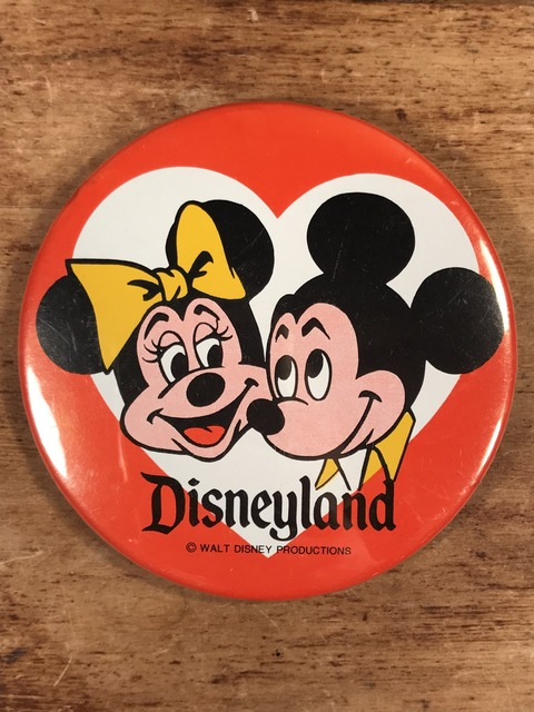 Vintage Disneyland Mickey & Minnie Mouse Metal Pinback (1)