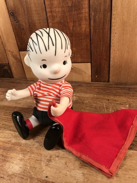 """Vintage Peanuts Snoopy """"Linus"""" Pocket Doll Figure (23)"""
