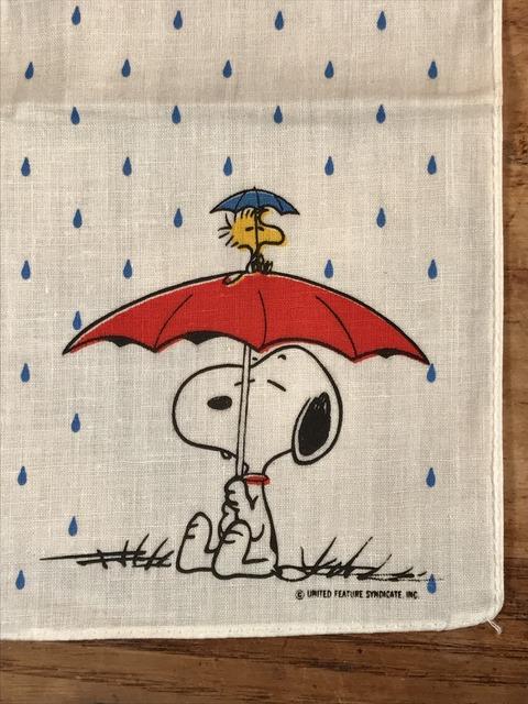 Vintage Hallmark Peanuts Snoopy Cotton Handkerchief (10)