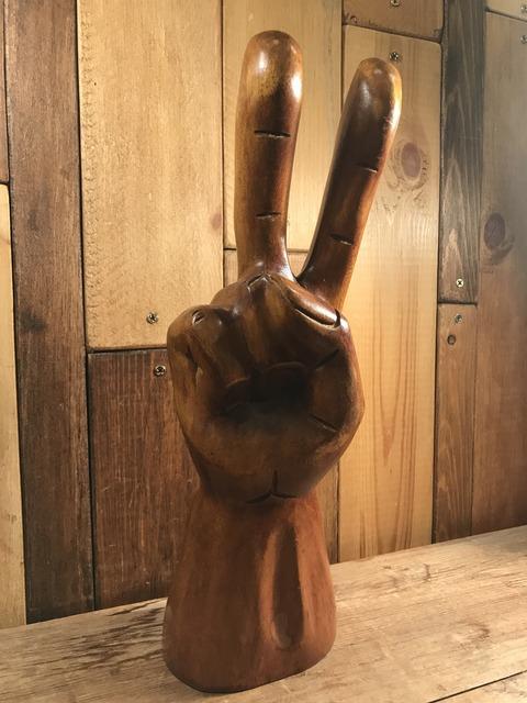 vintage wooden peace sign figurine (132)