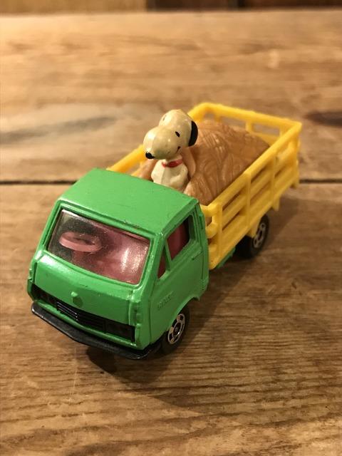 vintage snoopy peanuts aviva digest mini car (58)